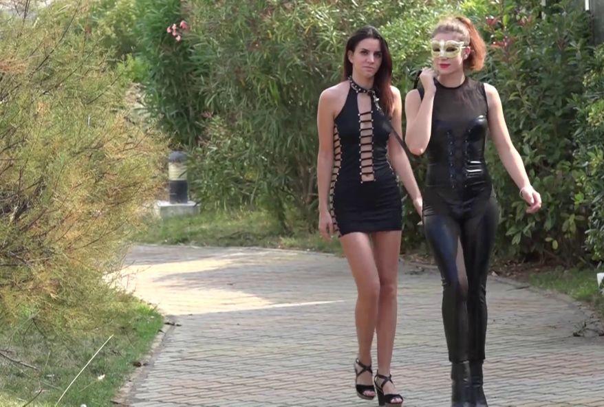 deux copines de fac salopes et dominatrices