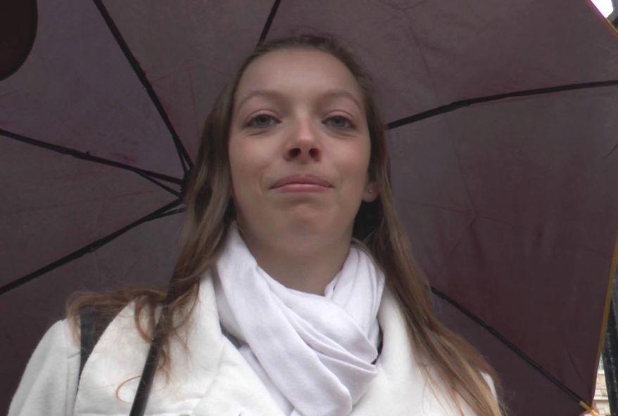 jeune lycéenne de 18 ans sodomisée apres l'ecole