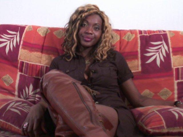 africaine du togo enculée en france