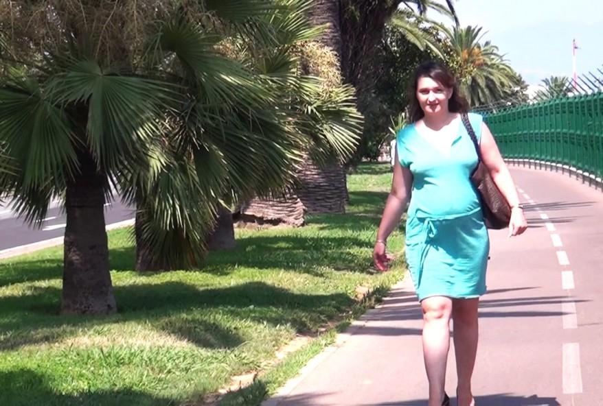 femme infidèle enceinte de trois mois enculée par son amant