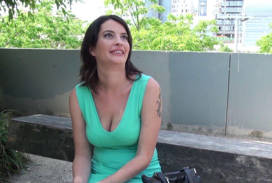 amatrice en manque de sexe car plus baisée depuis son divorce