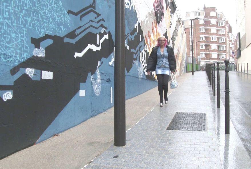 maman portugaise folle du cul sur paris