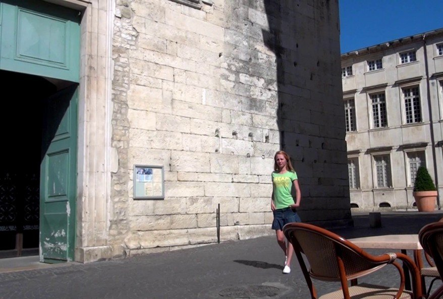 jeune étudiante en droit coquine de Toulon