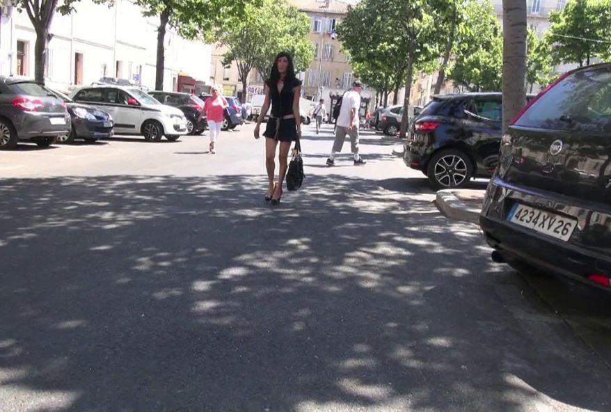 femme salope venue de nice se faire enculer à paris