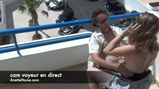 ce couple amateur baise sur son balcon