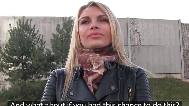 amatrice de sexe baise pour de l'argent
